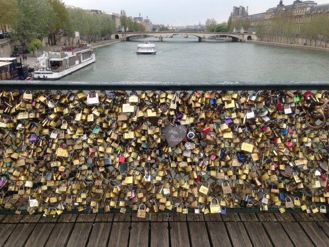 Pont des arts. Photo by Kelsey Kromodimoelijo